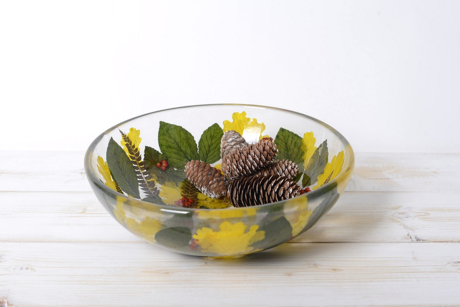 Round Bowl Centerpiece Berries Collection