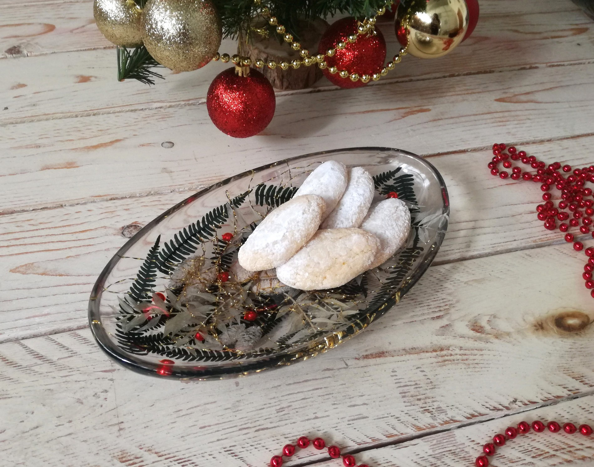 Oval Centerpiece Christmas Collection